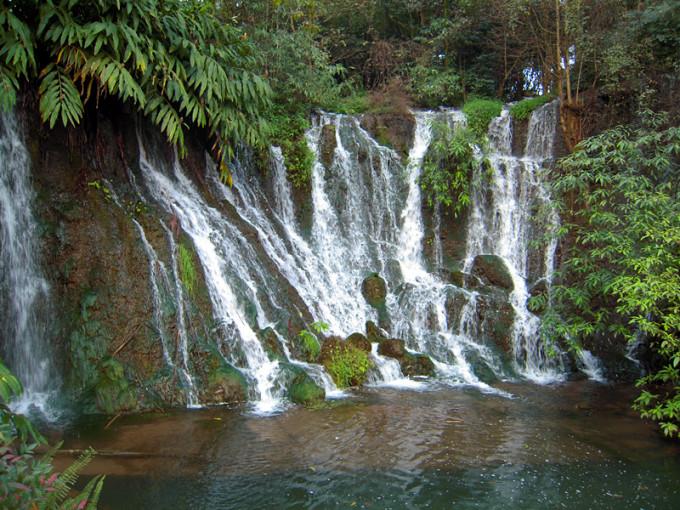 壁纸 风景 旅游 瀑布 山水 桌面 680_510