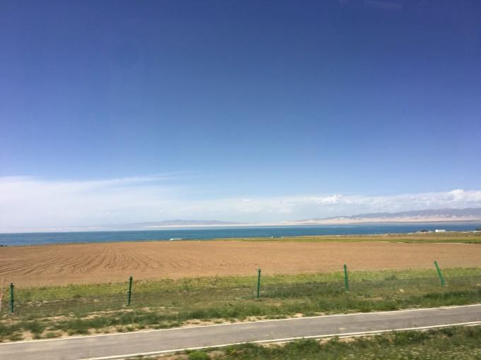ps有些图片是车在行驶的时候照的,但依旧很美,大地群山天空连绵不绝